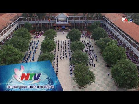 Hơn 400 học sinh nhảy Bống bống bang bang chào mừng ngày 20-11