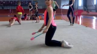 12 мастерства с булавами ( художественная гимнастика)