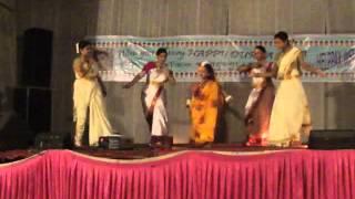 Download Hindi Video Songs - mayur vihar phase 3 durga puja 2012 bajlo tomar aalor benu (NRITYANGANA)