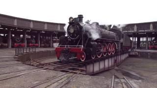 La 820 saliendo de la Casa de Maquinas de Temuco