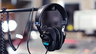 Studio Headphone Review: Sony MDR-7506
