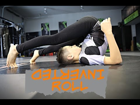How to Do the Inverted Roll | Improve Your Guard Flexibility | BJJ | Jiu-Jitsu