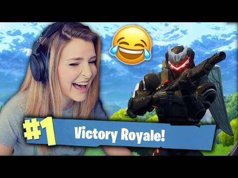 HELPING KID GET HIS FIRST WIN & TROLLING RANDOM SQUAD MATES! (Fortnite: Battle Royale) | KittyPlays