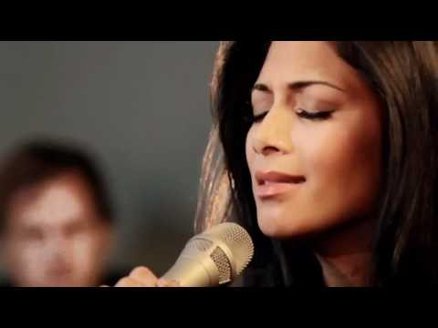 Nicole Scherzinger - I Hate This Part Acoustic Live Sessions HD