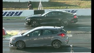 NEW FORD FOCUS RS DRAG RACING 1/4 MILE vs 5.0 MUSTANG