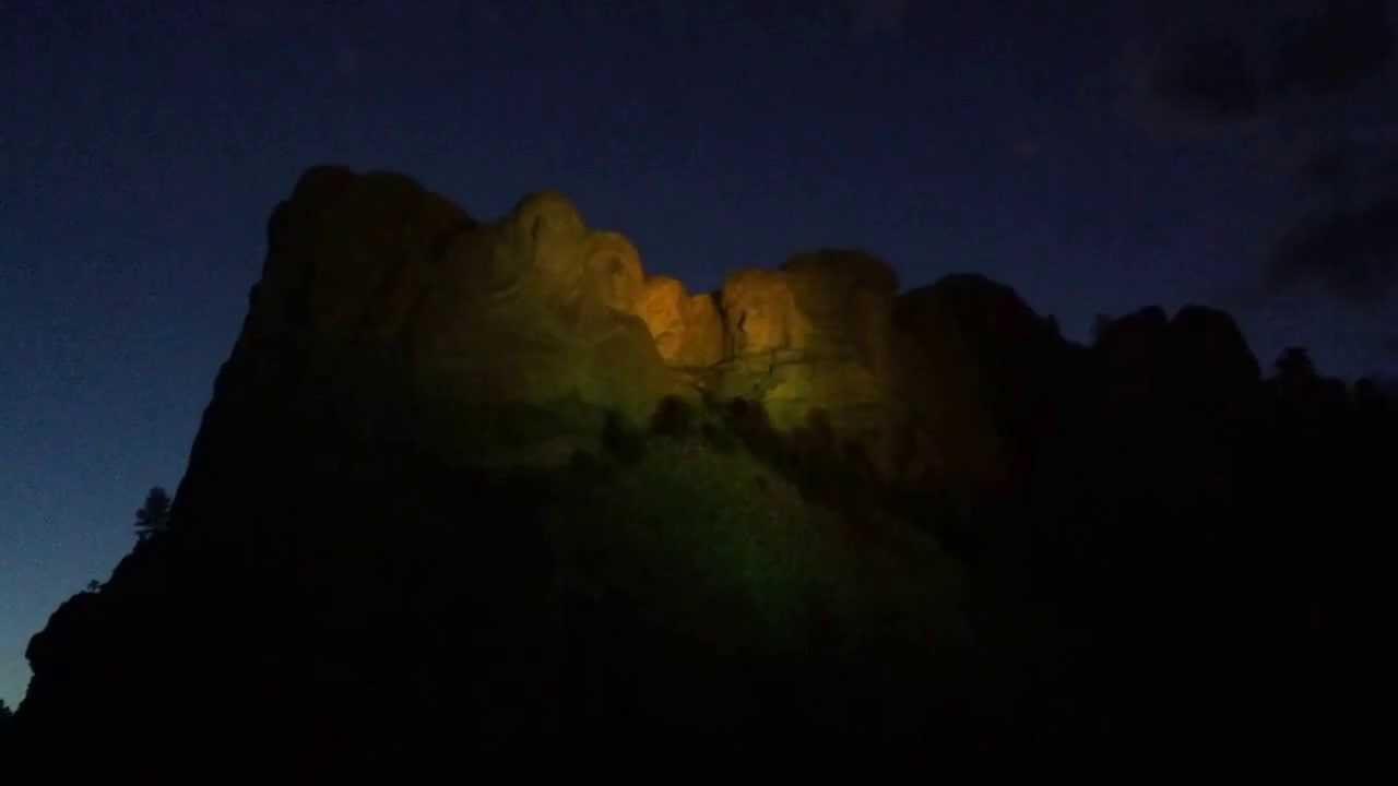 & Mount Rushmore Evening Lighting - YouTube azcodes.com