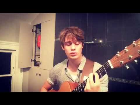 Nicholas Galitzine - Hey there Delilah (cover)