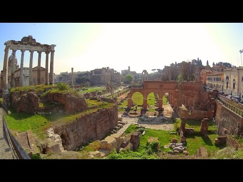 A Stroll Through the Roman Forum and the Colosseum