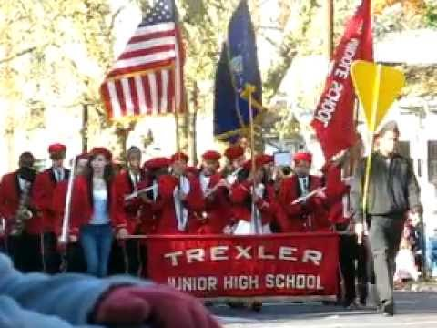 Trexler Middle School Band - Allentown Halloween Parade 11/6/11