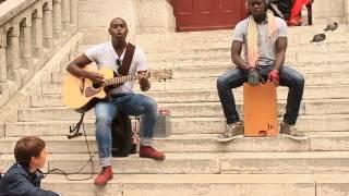 �������� ���� Уличные музыканты красиво поют в Париже. ������