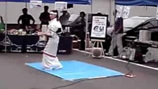 6月5日中津川六斎市に会津若松市から白虎隊踊りキャンペーンガールが来...