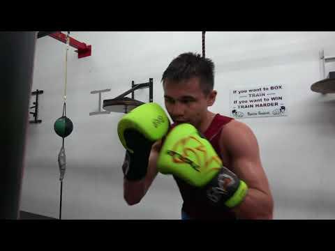 Kazakhstan boxing star Aidyn Yelzhanov EsNews Boxing
