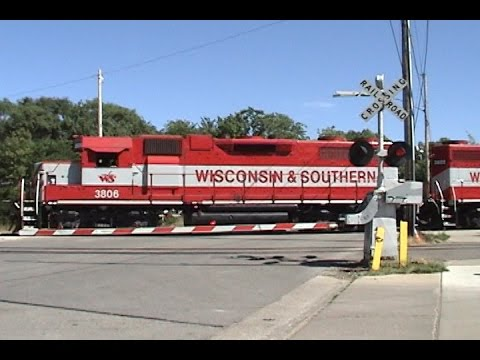 High Iron Throwback #10: Two Runbys of WSOR 3806 on PDCM at Madison 8/3/2007