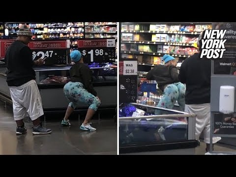 The KiddChris Show - Woman Twerking like Crazy in Walmart