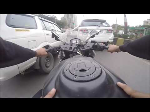 pillion is scared of RC390 power.  filtering l bombay l moto
