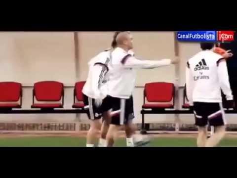 Ronaldo, Pepe lại được dịp cười nhạo James Rodriguez