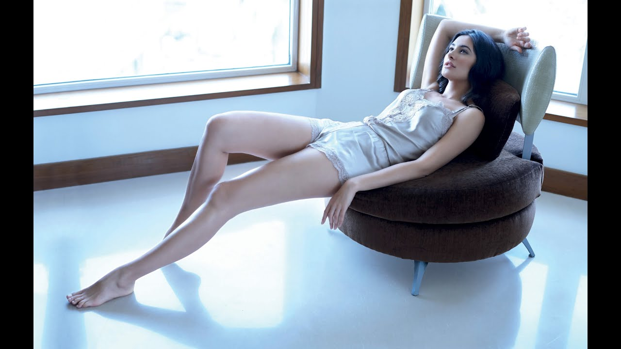 hottest legs in bollywood tall actresses in bollywood madspread