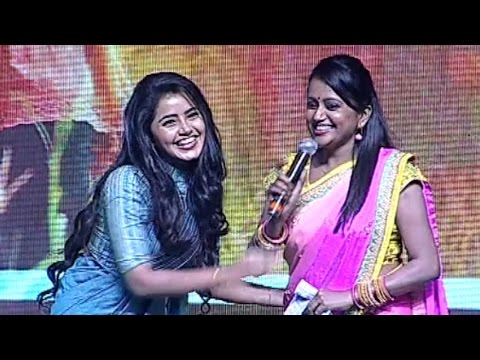 Suma Making Fun With Anupama In Malayalam | Hilarious | TFPC thumbnail