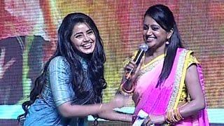 Suma Making Fun With Anupama In Malayalam | Hilarious | TFPC