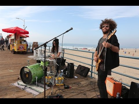 SANTA MONICA PIER performance by Chris Lightfoot & Imani Elijha