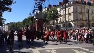Royal de Luxe - Le Petit Géant en balade dimanche 8 juin