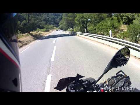 Aprilia Tuono V4R APRC - agressive riding
