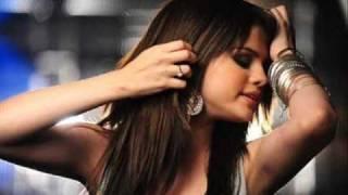 Selena Gomez - Trust In Me - Complet (HD)