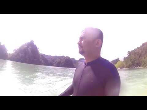 Berenang di Private Beach Namlol, Misool, Raja Ampat