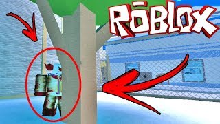 ESCAPE FROM THE CLOWN ON JAILBREAK!! ROBLOX