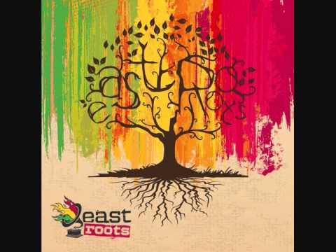 East Roots - Soare + lyrics