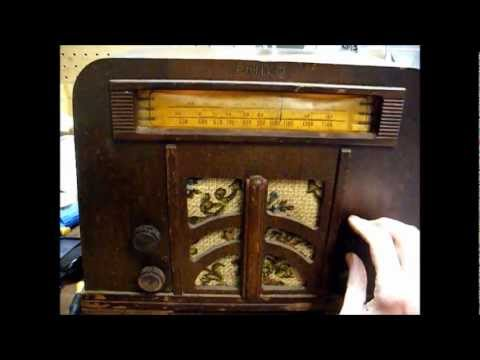 1940 Philco tube radio model 40-140T