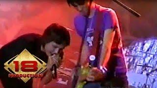 Download Lagu Caffeine - Maafkan Aku Lupakan Aku  (Live Konser Purwakarta 15 Agustus 2006) mp3