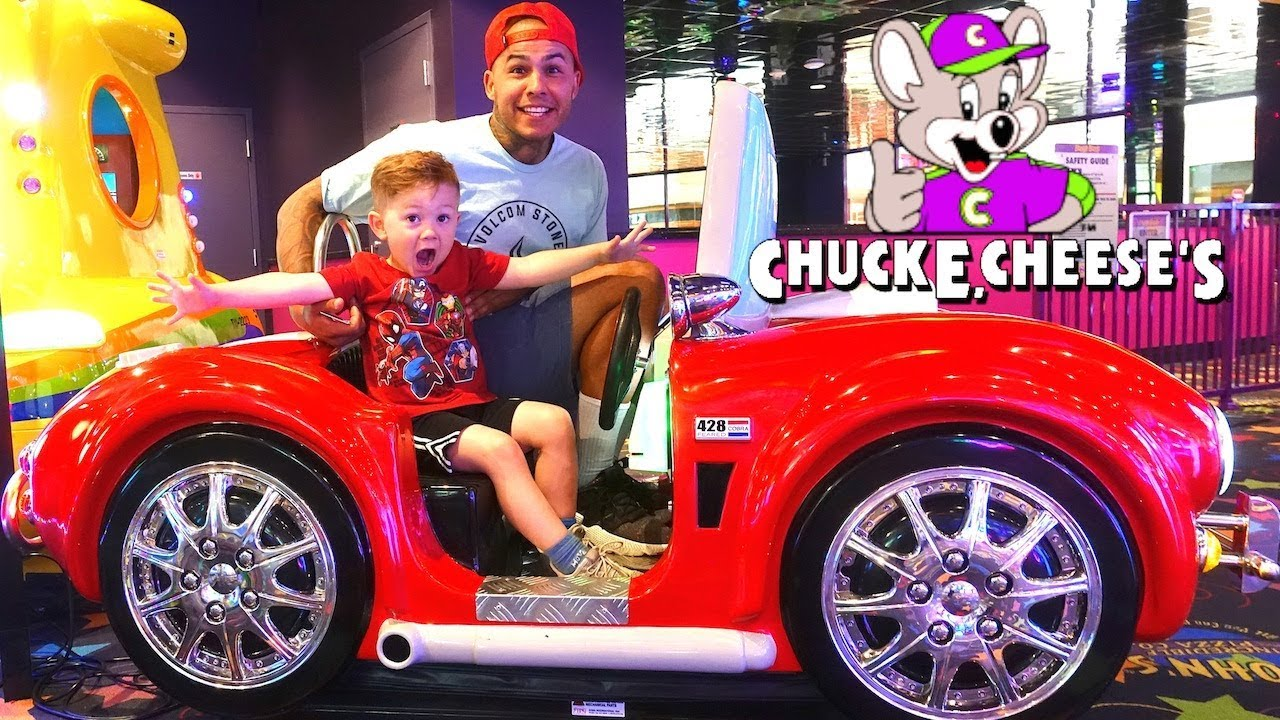 we-spent-24-hours-at-chuck-e-cheese-and-won-1-000-000-tickets