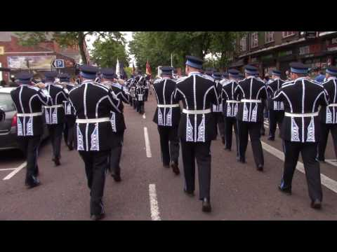 East Belfast Protestant Boys FB @ South Belfast Young Conquerors FB Parade 2017
