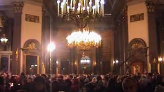 Пасхальная служба глазами туриста(В ночь с третьего на четвёртое апреля 2010 года в соборе Казанской Божией Матери в Санкт-Петербурге состоялас..., 2010-04-04T12:16:25.000Z)