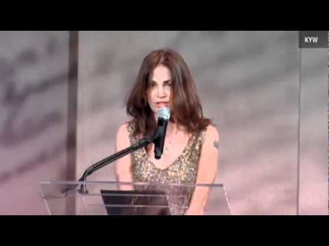Kim Delaney's awkward speech at the Liberty Medal ceremony
