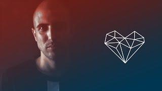 Dennis Cruz - El Sueno feat Martina Camargo [Tech House Moon Harbour]