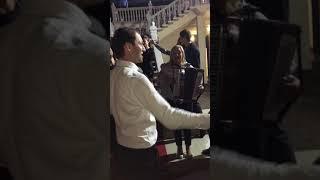 Осетинская свадьба, Алана и Залины. Осетины поют и танцуют.