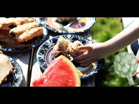 How to Throw the Perfect Picnic | HuffPost Life