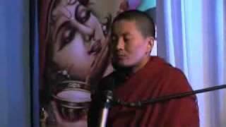 Мантра Будды сострадания, поет монахиня Ани Чоин Долма thumbnail