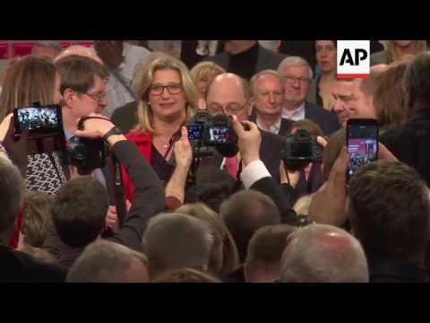 Social Democrats confirm Schulz as leader