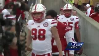 Wisconsin kicker helps Nebraska specialists honor Sam Foltz