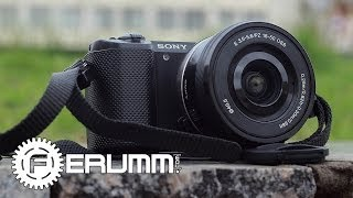 sony Alpha 5000 16-50mm kit видеообзор. Обзор камеры Sony Alpha 5000 16-50mm kit от FERUMM.COM