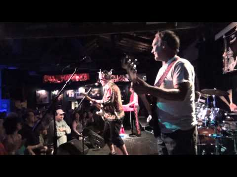 Let's Go- Joe King Carrasco And The Crowns