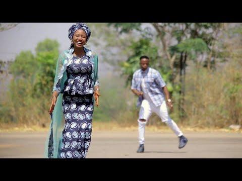 Download Sabuwar (Kin Mallaken Zuchiya Ta) Momme Gombe ft Garzali Miko Latest Video 2020#