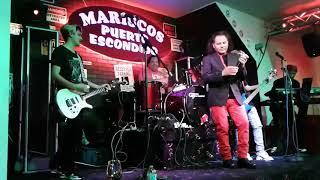 """""""En tu Pelo"""" Cantando Robert Lopez"""