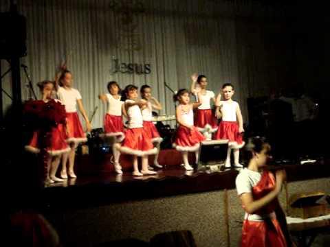 vem que está chegando o natal grupo de dança infantil na impv