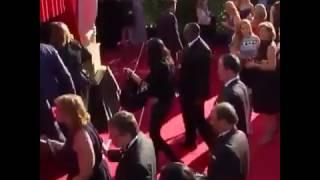 Adele llegando a la Alfombra roja de los Premios
