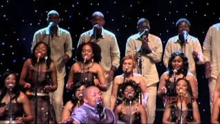 Spirit Of Praise 3 feat. Solly Mahlangu - Oa Ntaela Moya