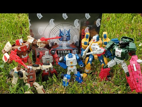 Titan Masters Attack Wave 5 Unboxing